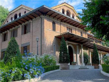 Villa Vesta Entrance
